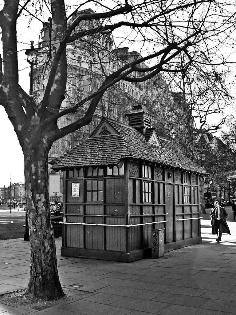 Cab Shelter, Northumberland Avenue